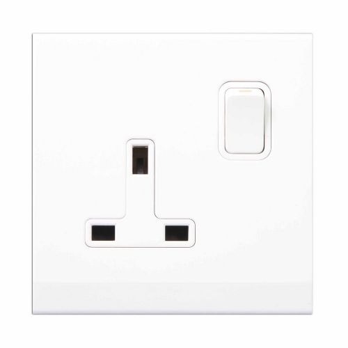 Simplicity White Screwless 13A Single Plug Socket 07320